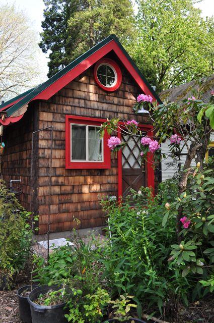 Tiny-portland-cottage